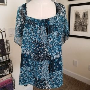 Fashion bug size 22/24 blouse blue black white euc